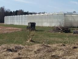 Fully equipped greenhouse for year-around farming